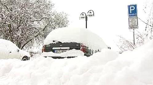 Parkování pod sněhem