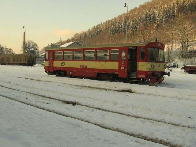 Motorový vůz řady 810