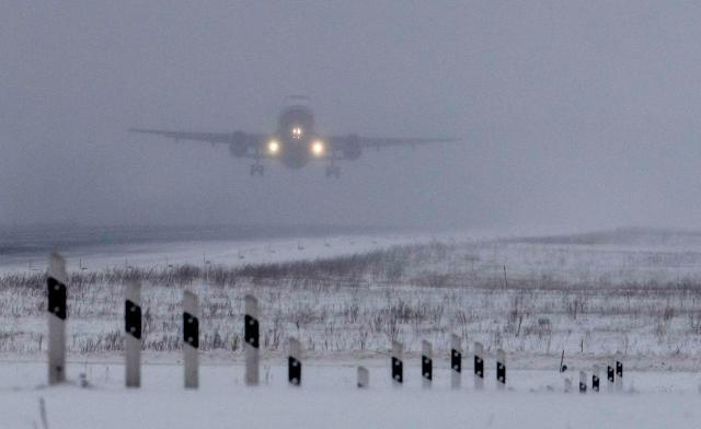 Letiště pod sněhem