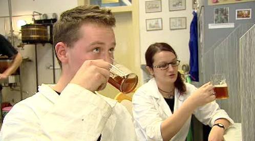 Studenti vaří pivo