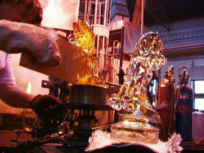Výroba sošky Českého lva