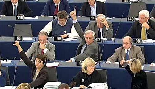 Hlasující europoslanci