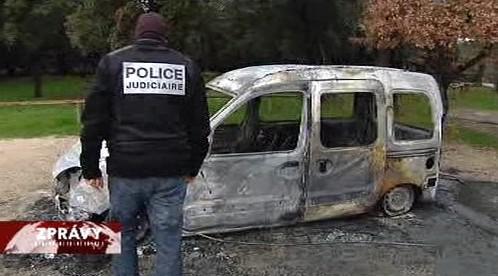 Auto po výbuchu