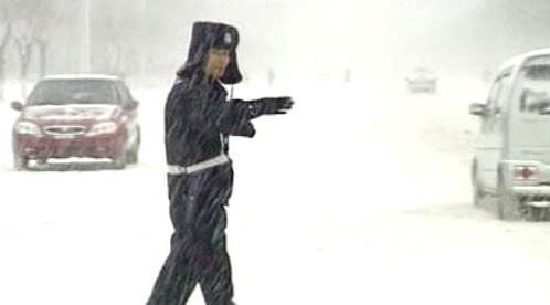 Sníh ochromil dopravu v Číně