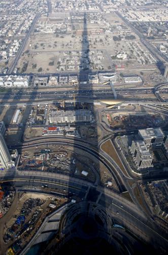 Stín Dubajské věže