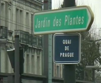 Francie s ozvěnou domova
