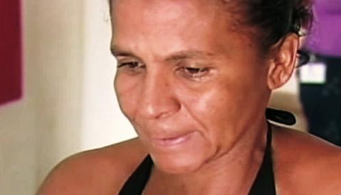 María Souza Santosová, matka propíchaného chlapečka