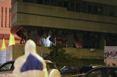 Budova po výbuchu bomby