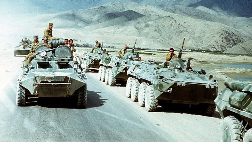 Sovětští vojáci opouštějí Afghánistán