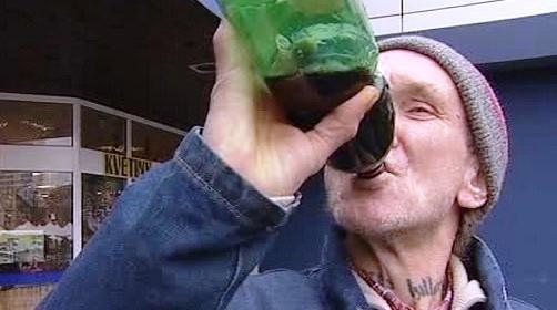 Pití alkoholu na veřejnosti