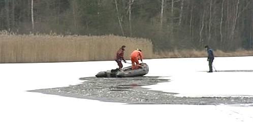 Záchranáři na ledě