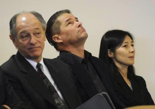 Manželé Heeneovi u soudu