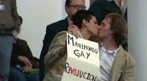 Mexičtí homosexuálové slaví změnu zákona