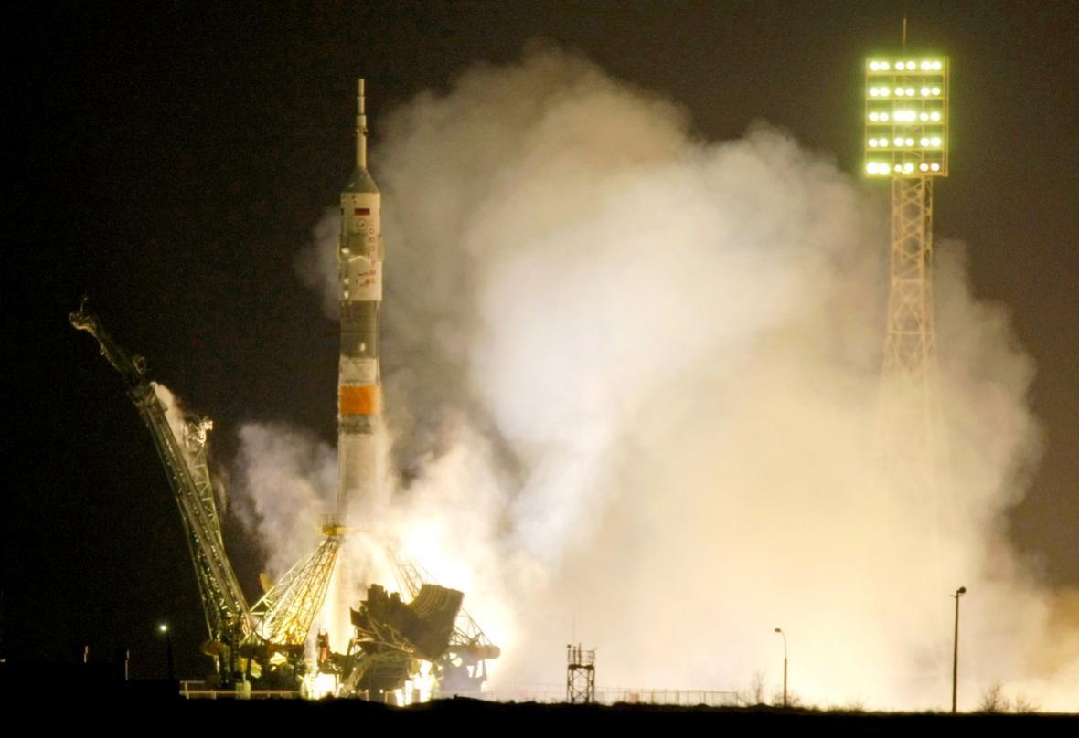 Sojuz vyráží na cestu k ISS
