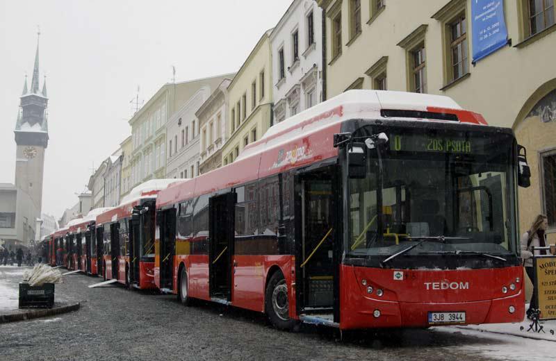 Nízkopodlažní autobus