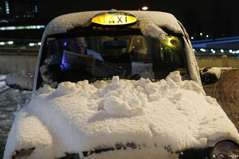 Sníh zkomplikoval dopravu