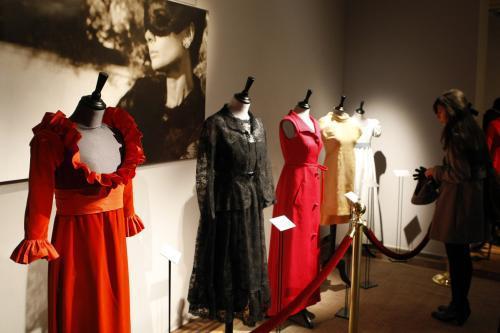 Do aukce jdou šaty a osobní věcí Audrey Hepburnové
