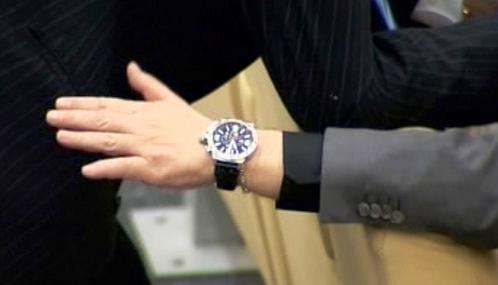 Ruští úředníci si potrpí na luxusní hodinky