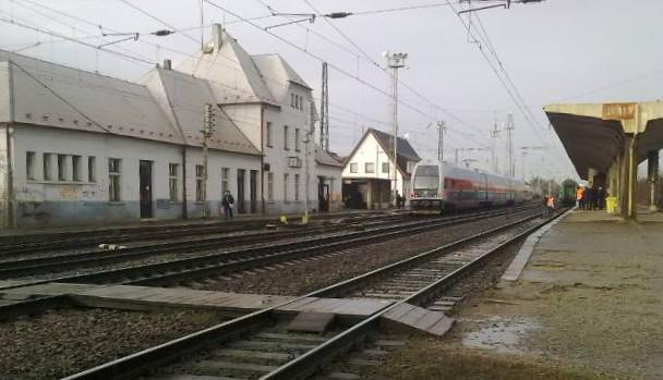Úvalské nádraží