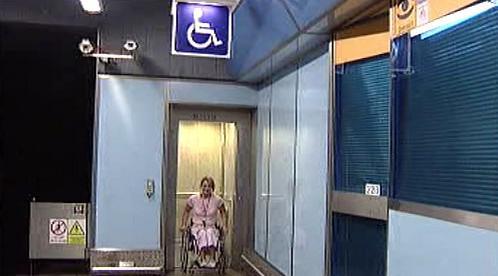 Výtah v metru