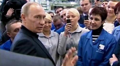 Vladimír Putin v továrně AutoVaz