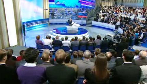 Vladimir Putin při debatě s občany