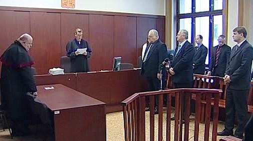 Trojice gynekologů u soudu