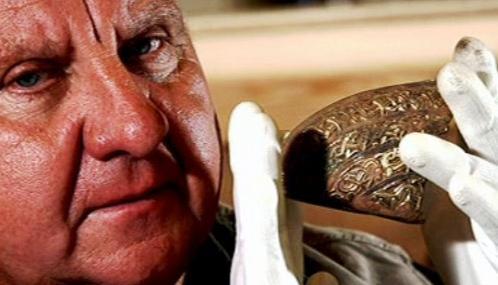 Zlatý poklad nalezený v hrabství Staffordshire
