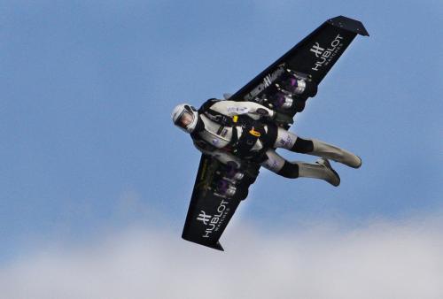 Yves Rossy a jeho trysková křídla