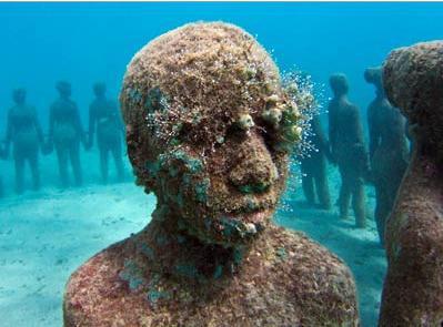 Podmořské sochy