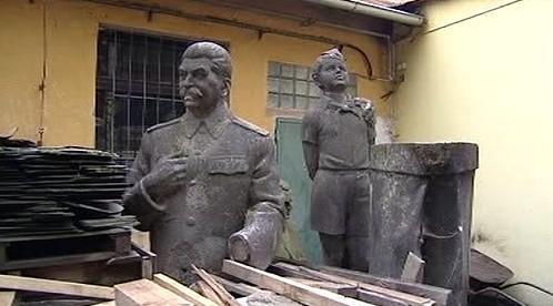 Odstraněné sochy