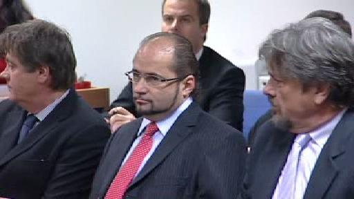 Obžalovaní z lihového podvodu před soudem