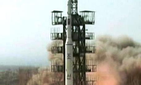 Odpalování raket v KLDR