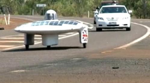 Auto na solární pohon
