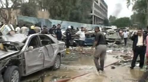 Následky atentátu v Bagdádu