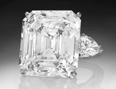 Dvaatřicetikarátový diamant Annenberg
