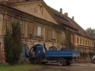 Panský dvůr v Ratibořicích
