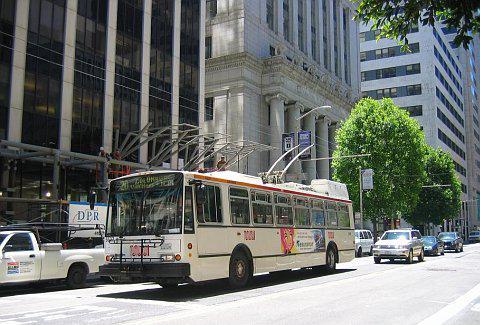 Trolejbusy v San Franciscu vyrobené Strojírnami Ostrov