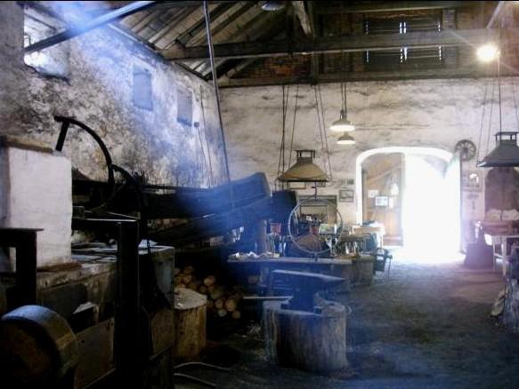 Dobřív na Rokycansku / vodní hamr - interiér