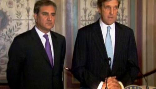 Šáh Mahmúd Kureší a John Kerry