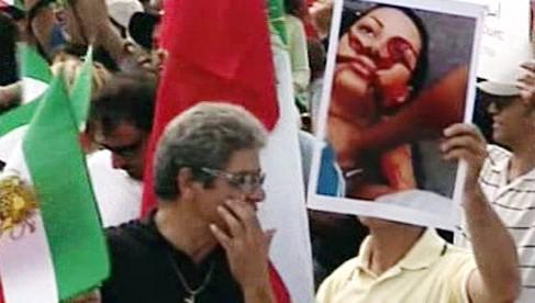 Demonstrace na podporu íránské opozice
