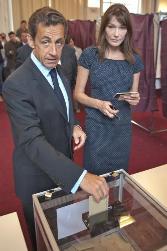 Nicolas Sarkozy a Carla Bruniová