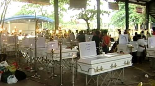 Filipíny pohřbívají oběti tajfunu Parma