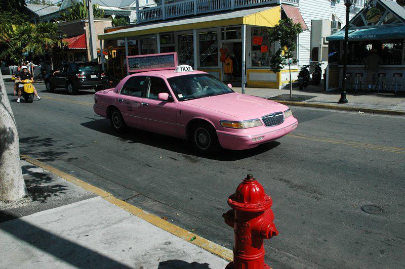 Růžové taxi pro ženy