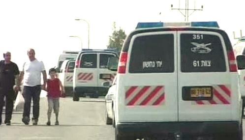 Palestinky opouštějí izraelské vězení