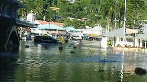 Samojské ulice po přívalu tsunami