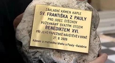 Základní kámen kaple sv. Františka z Pauly