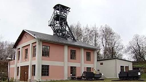 Bývalá důlní věž na Sokolovsku
