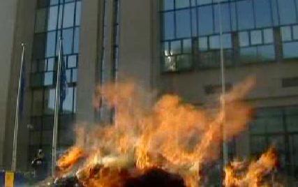 Hořící sláma