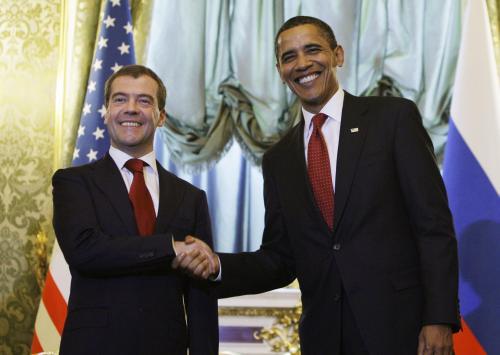 Medveděv s Obamou na jeho první návštěvě Moskvy